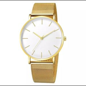Women's fashion QUARTZ watch NWOT